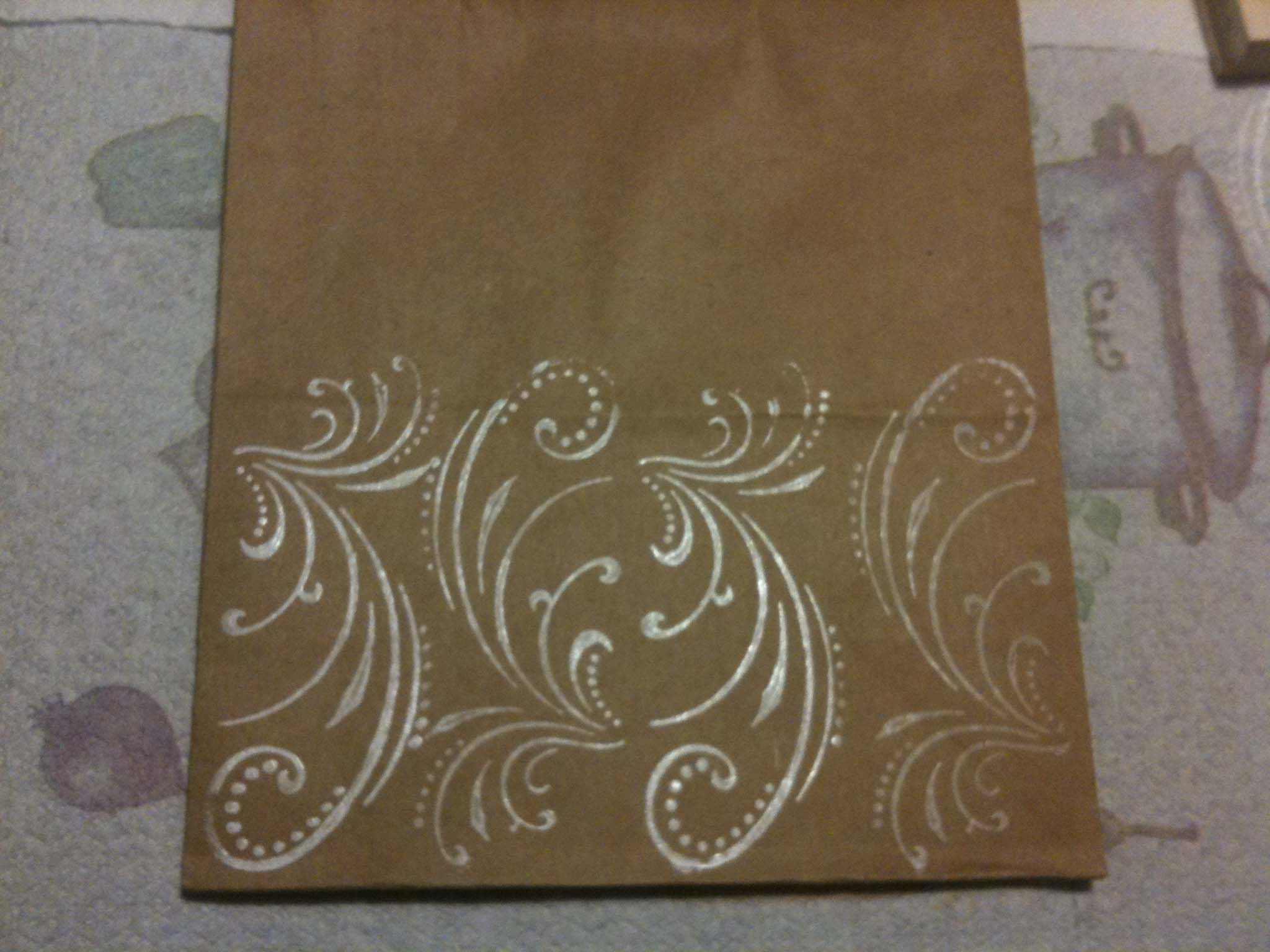 Pretty and Simple DIY Gift Bags via TheELD.com