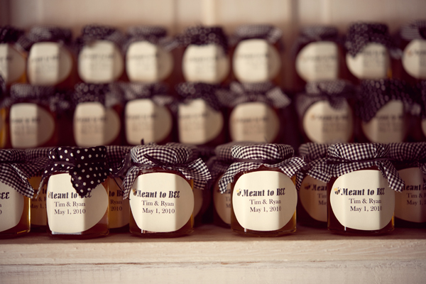 A Fun Rustic Texas Wedding via TheELD.com
