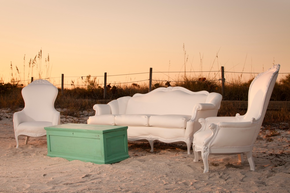 Vintage Furniture For Your Wedding Every Last Detail