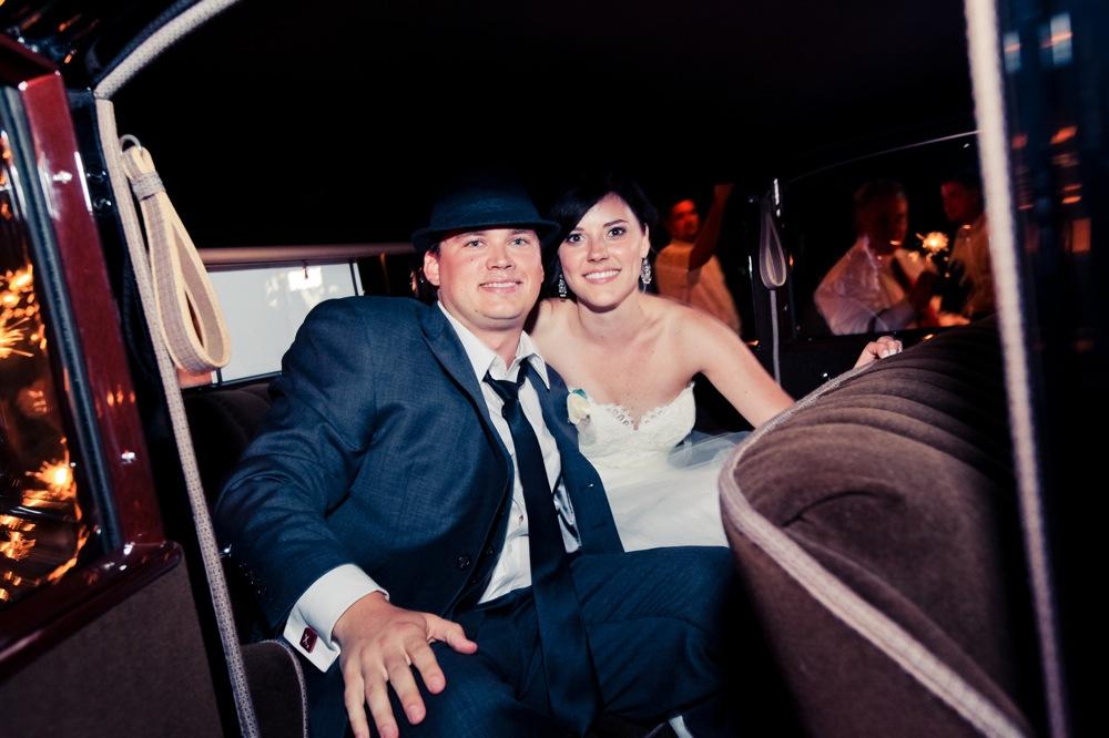 Vintage Eclectic Florida Wedding {Part 2} via TheELD.com
