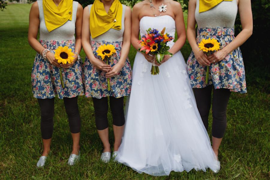 Unique Michigan Orchard Wedding {Part 1} via TheELD.com