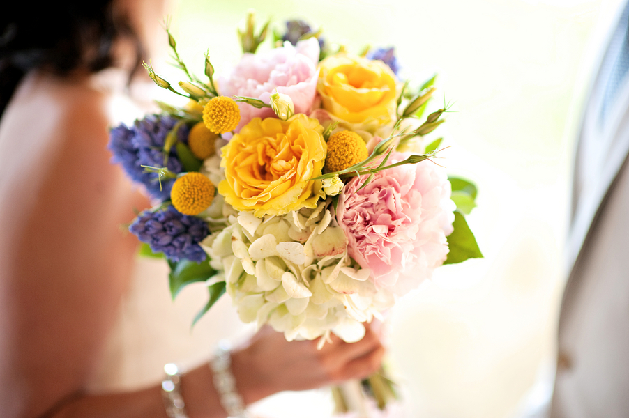 Eclectic Chic Navy, Pink, and Yellow Wedding via TheELD.com