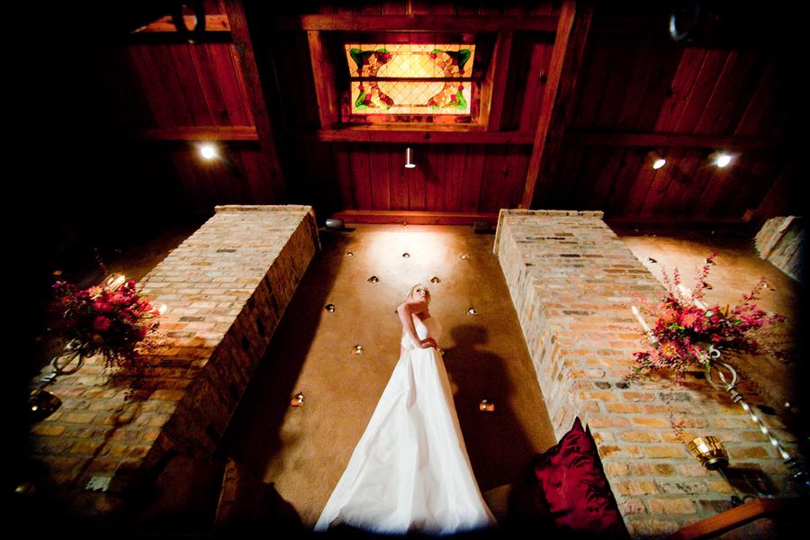 Spanish Wedding Inspiration Shoot via TheELD.com