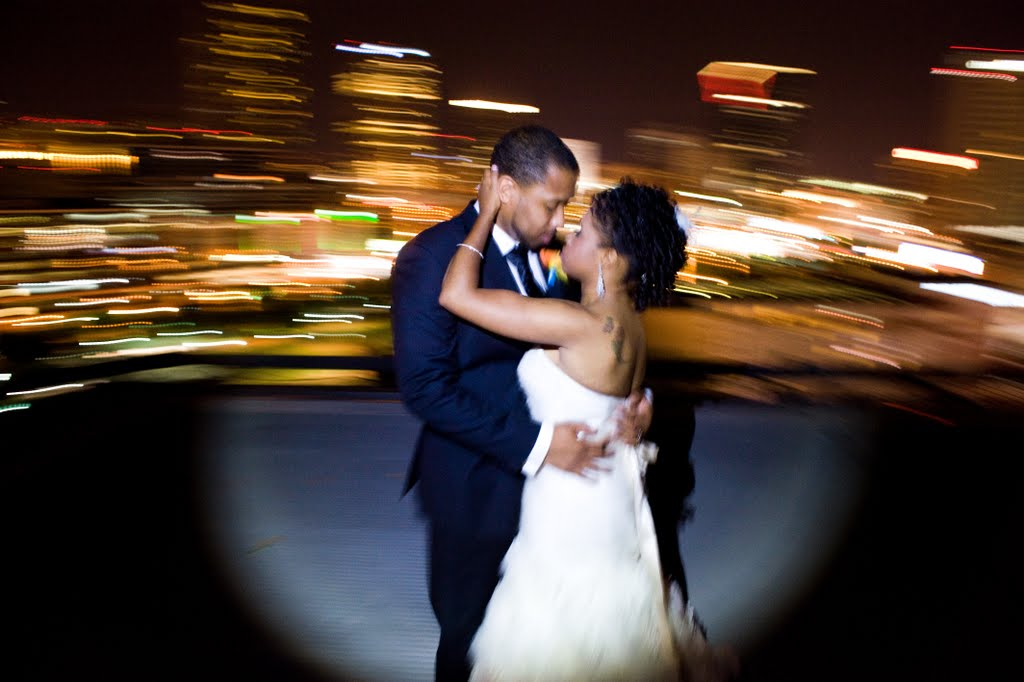 Colorful & Modern Atlanta Wedding via TheELD.com