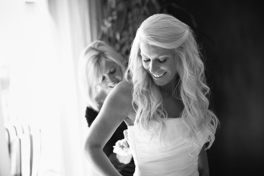 Pink and White Shabby Chic Wedding via TheELD.com