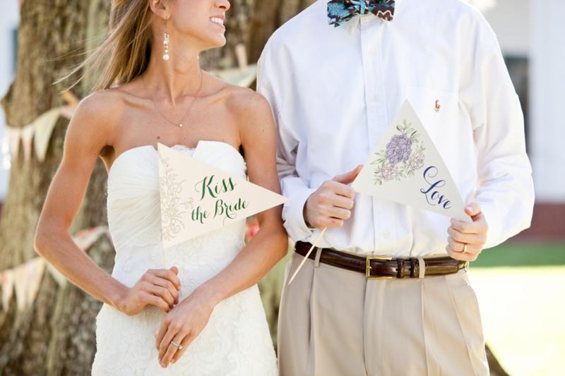 Southern Picnic Wedding Inspiration Shoot via TheELD.com
