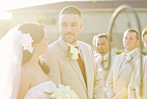 {Thursday Tips} Why You Shouldnt Negotiate With Wedding Vendors via TheELD.com