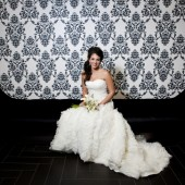 Modern Chic White Wedding Inspiration_009