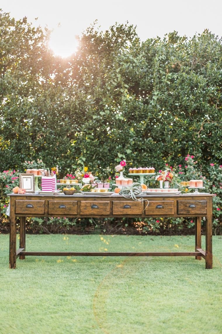 Chic & Charming Peach Wedding Ideas