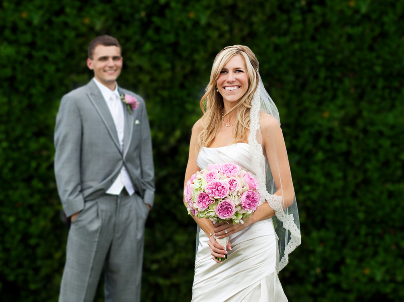 Pink & Gray Florida Wedding via TheELD.com