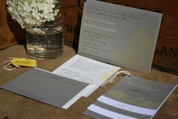 Thursday Tips: What To DIY For Your Wedding via TheELD.com