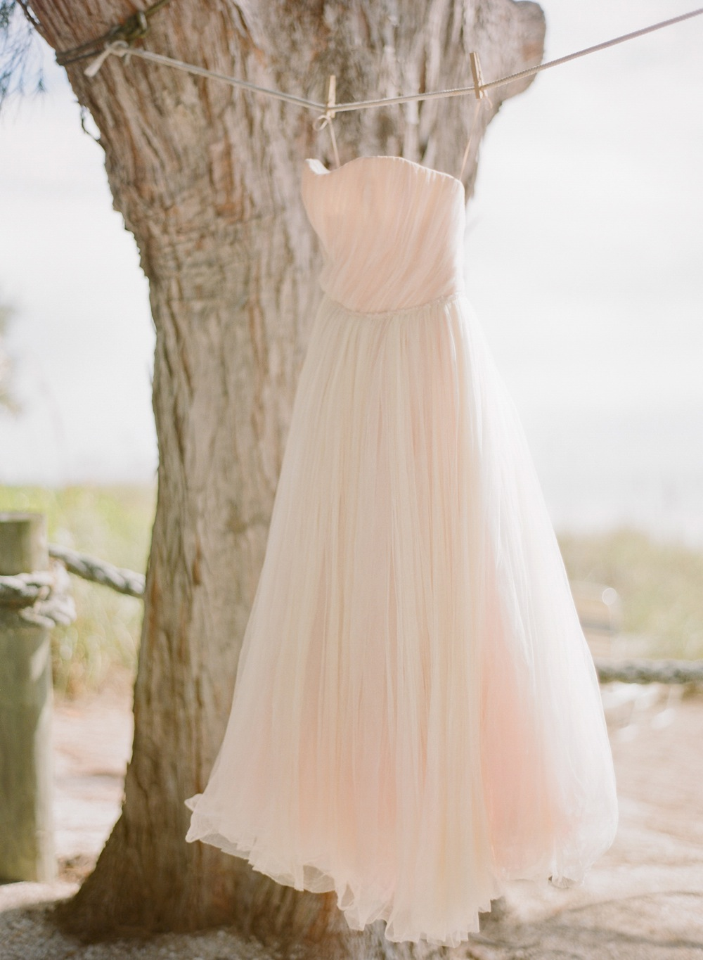 Natural beach chic inspiration shoot every last detail for Wedding dresses shabby chic