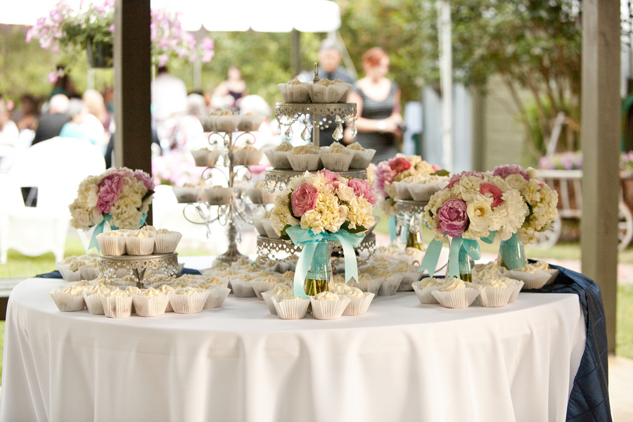 Pink and Aqua Shabby Chic Wedding via TheELD.com